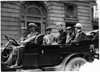 Thomas Flyer car in 1909 Glidden Tour automobile parade, Detroit, Mich.