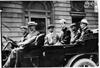 Thomas Flyer car with press representatives in 1909 Glidden Tour automobile parade, Detroit, Mich.