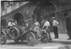 Men work on Glidden tourist vehicle at Kansas City, Mo., at 1909 Glidden Tour