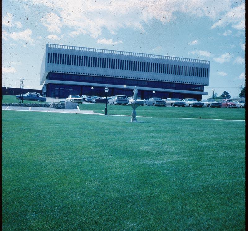 Lippold Bank Lawn-Milorg. 1TN/A/YR.