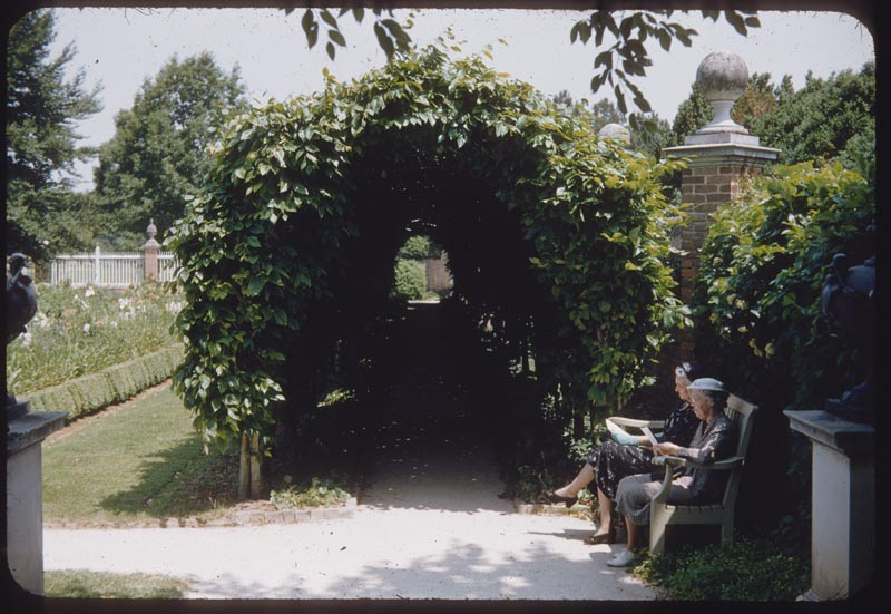 Arbor Governor Palace Garden