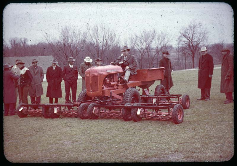 Group watches Worthington push Tractor