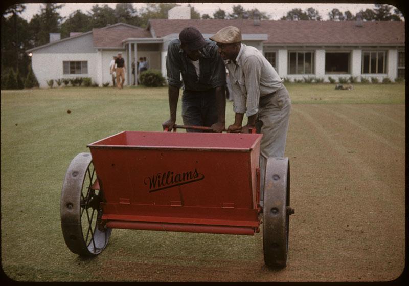 Williams Topdressing machine